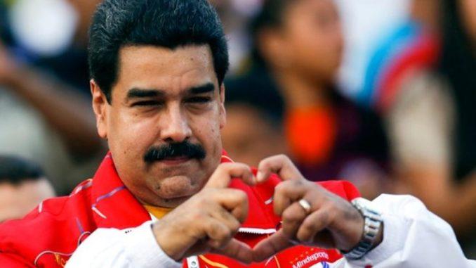 Presidente de Costa Rica aborda crisis de Nicaragua en Cumbre Iberoamericana